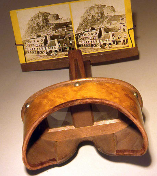 Stereo viewer, with view of Edinburgh Castle and Grassmarket. Photo by kind permission of Peter Stubbs