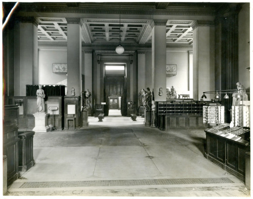 The postcard stall in 1929, in the entrance hall.