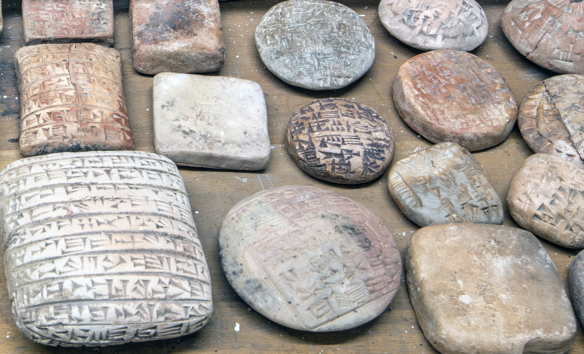Fake cuneiform tablets unwrapped for assessment