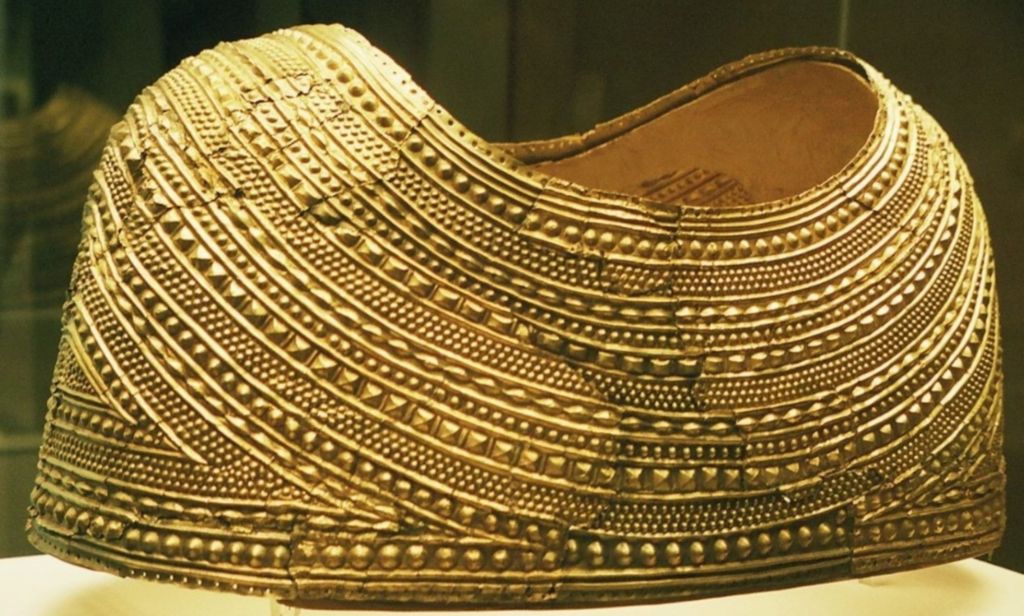 Photo of The Mold Gold Cape, found in Wales, around 1900–1600 BC.